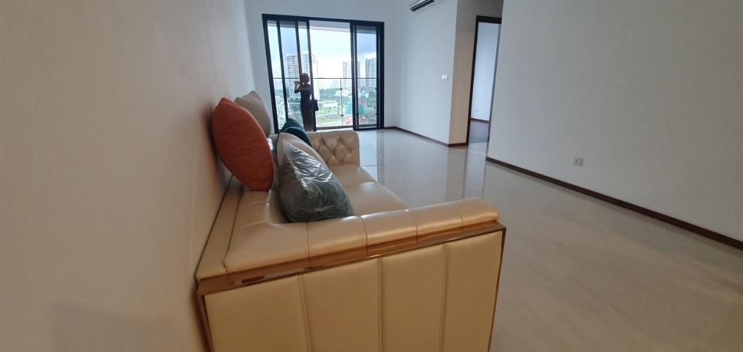 Phòng khách căn hộ One Verandah, Quận 2 Căn hộ tầng 9 One Verandah cửa hướng Bắc, view thoáng mát.