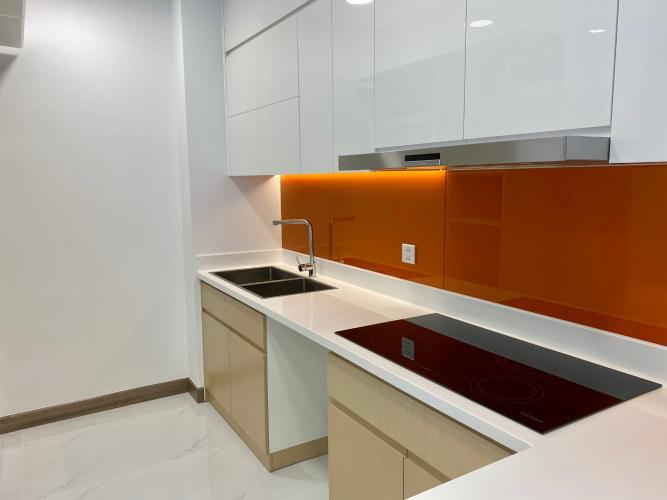 Phòng bếp Sunwah Pearl, Bình Thạnh Căn hộ Sunwah Pearl tầng cao, bàn giao nội thất cơ bản.