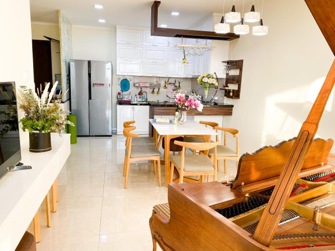 Căn hộ góc Kingston residence tầng 7 diện tích 83m2, đầy đủ nội thất.