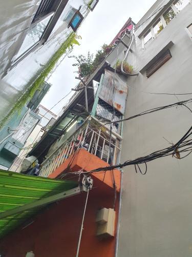 Nhà phố hẻm đường Trần Quang Diệu diện tích 14.2m2, kết cấu 1 trệt 3 lầu.