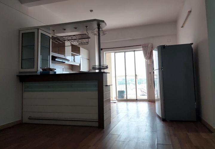 Phòng khách căn hộ chung cư Đông Hưng Căn hộ chung cư Đông Hưng tầng trung, cửa hướng Đông Bắc.