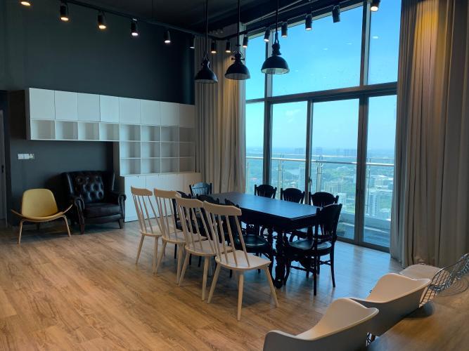 phòng ăn penthouse riviera point Căn hộ Penthouse Riviera Point tầng cao lộng gió, đón view thành phố.