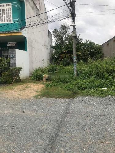 Đất nền đường xe hơi cách đường Nguyễn Xiển 20m, diện tích 113.5m2.