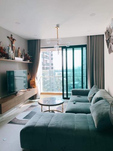 Căn hộ Feliz En Vista tầng 12 hướng Bắc, đầy đủ nội thất.