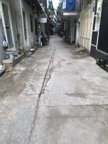 Đường hẻm   Bán nhà phố 9 phòng ngủ, cách chợ Vạn Kiếp 200m, diện tích đất 86m2, diện tích sàn 144,7m2, sổ hồng đầy đủ