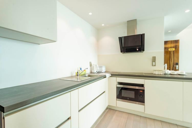 Phòng bếp , Căn hộ Léman Luxury Apartment , Quận 3 Căn hộ tầng 8 Léman Luxury Apartments hướng Tây Bắc, đầy đủ nội thất.