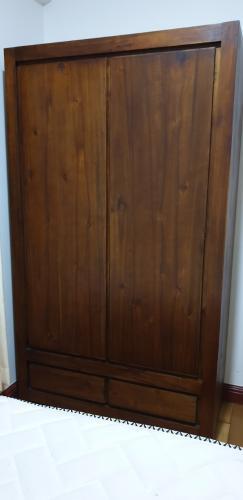 tủ đồ Căn hộ The Manor hướng Tây, nội thất đầy đủ tiện nghi.