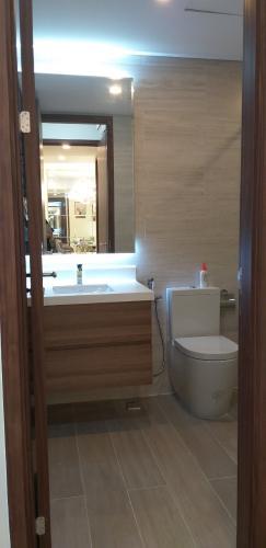 Phòng tắm Phú Mỹ Hưng Midtown, Quận 7 Căn hộ Phú Mỹ Hưng Midtown ban công hướng Nam, đầy đủ nội thất