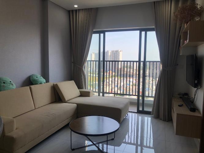 Căn hộ góc D-Vela tầng 15 view thành phố sầm uất, nội thất cơ bản.