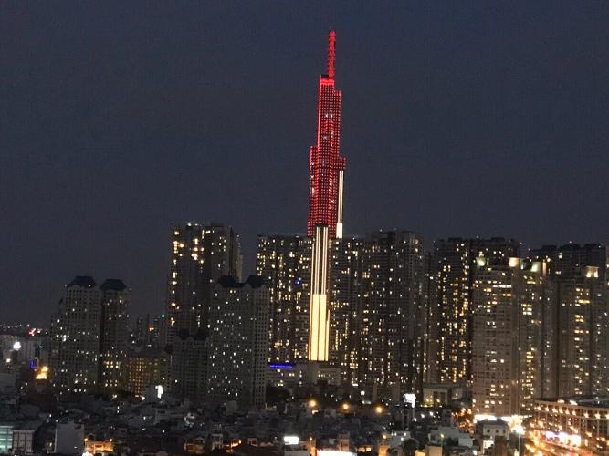 view hướng cửa sổ Căn hộ Vinhomes Golden River tầng cao, view tòa Landmark 81.