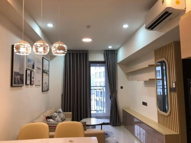 Căn hộ Saigon Royal 1 phòng ngủ đầy đủ nội thất, cửa hướng Đông Nam.