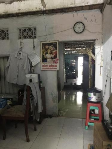 Bán nhà hẻm 1 sẹc Tôn Đản, Quận 4, sổ hồng, cách đường Nguyễn Tất Thành 400m