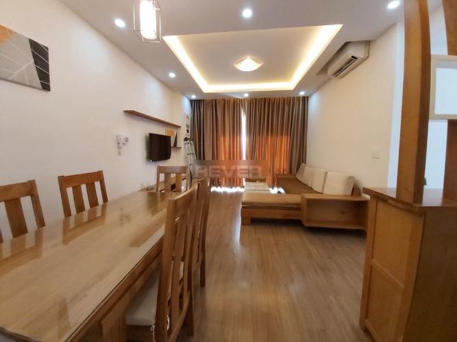 Căn hộ Tropic Garden tầng 10 có 2 phòng ngủ, nội thất đầy đủ.