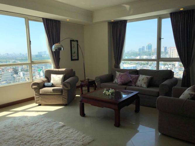 Căn hộ The Manor tầng trung, view hướng Đông Nam.
