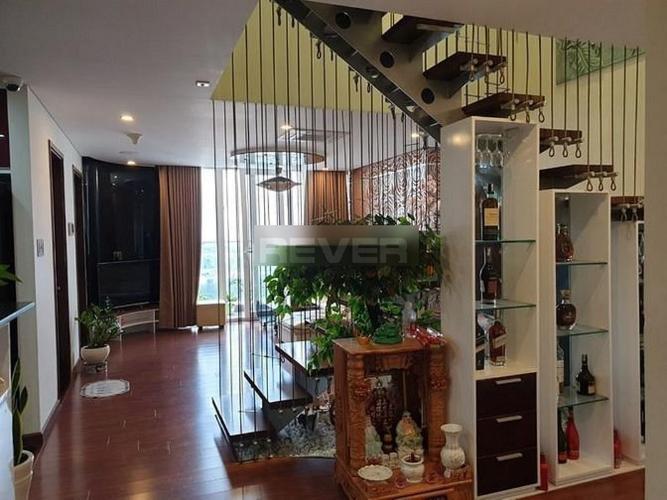 Căn hộ Penthouse Hoàng Anh Thanh Bình tầng cao, hướng Đông Nam.