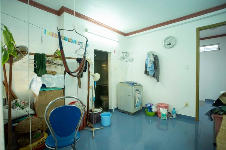 Phòng giặt ủi nhà Hoàng Hoa Thám, Bình Thạnh Nhà phố Hoàng Hoa Thám 80.5m2, sân thượng thoáng mát.