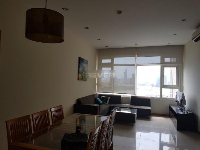 Căn hộ cao cấp Saigon Pearl phòng khách rộng đón ánh sáng tự nhiên tốt.