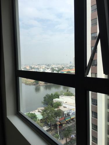 View căn hộ Green River Căn hộ Green River tầng trung nội thất cơ bản, view nội khu yên tĩnh.