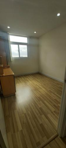 phòng làm việc căn hộ city gate Căn hộ tầng trung City Gate view đại lộ, đầy đủ nội thất.