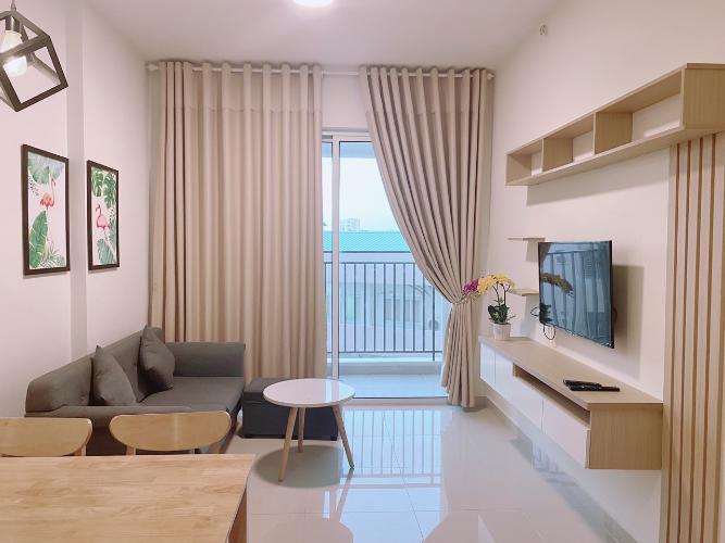 Căn hộ Golden Mansion đầy đủ nội thất, view thoáng mát.