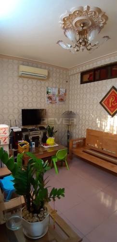 Phòng khách chung cư Trần Nhân Tôn Chung cư 1 phòng ngủ Quận 5, trung tâm thành phố.