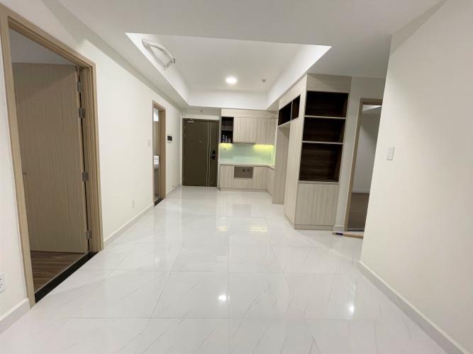Căn hộ Safira Khang Điền tầng 20 thoáng mát, nội thất cơ bản.