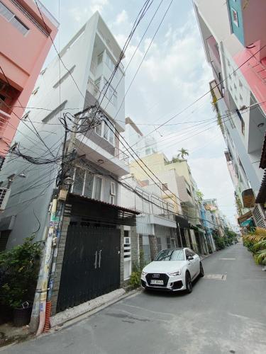 Nhà phố Huỳnh Văn Bánh, Phú Nhuận Nhà phố hướng Đông Nam, hẻm xe hơi tân cửa, diện tích 193.2m2.