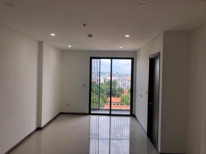 Căn hộ HaDo Centrosa Garden tầng 16 thiết kế hiện đại, nội thất cơ bản.