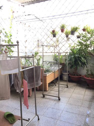 Sân thượng nhà phố Bình Thạnh Bán nhà hẻm Đặng Thùy Trâm, Bình Thạnh, sổ hồng, cách cầu Bình Lợi 700m