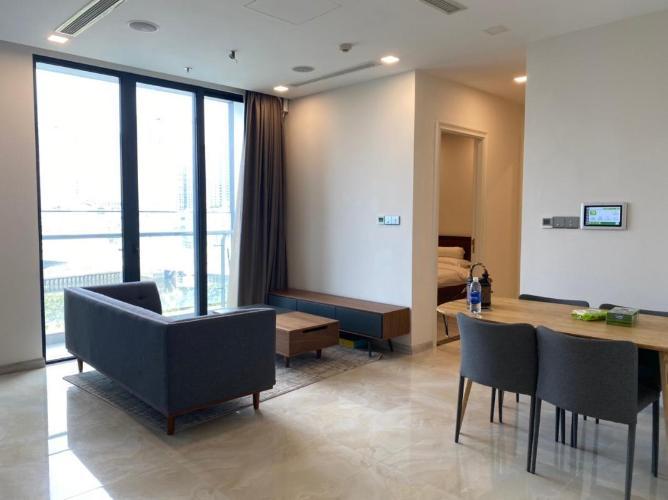 Căn hộ tầng 21 Vinhomes Golden River thiết kế hiện đại, nội thất đầy đủ