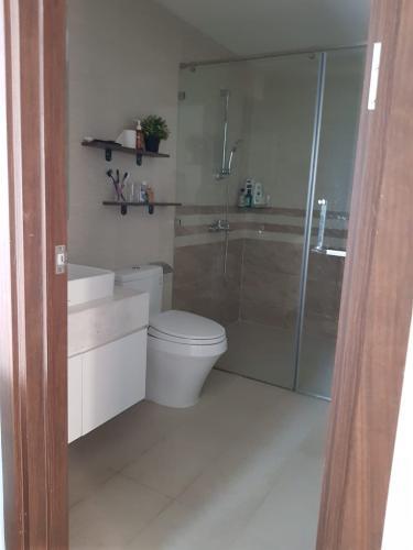 Phòng tắm Saigon Royal Quận 4 Căn hộ Saigon Royal tầng cao, ban công Tây Bắc view sông.