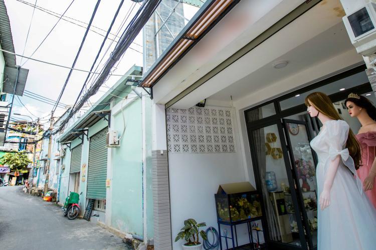 Mặt tiền nhà phố đường số 5, Thủ Đức Nhà phố hướng Bắc, đường oto rộng rãi, giao sổ hồng riêng.