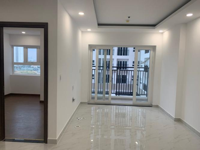 Phòng khách căn hộ Q7 Saigon Riverside, Quận 7 Căn hộ Q7 Boulevard tầng 6 diện tích 69.7m2, nội thất cơ bản.