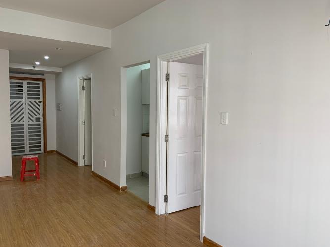 Phòng khách Ehome 3, Bình Tân Căn hộ Ehome 3 nội thất cơ bản, hướng Đông Nam.