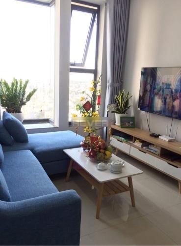 Căn hộ tầng trung La Astoria đầy đủ nội thất, view thành phố sầm uất.