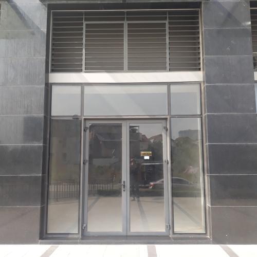 Shop-house thô hướng Đông Nam The Sun Avenue, diện tích 4mx12m.