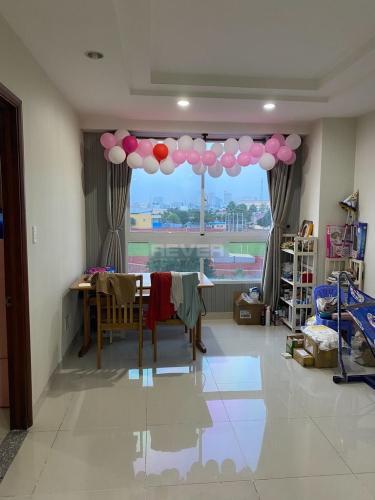 Căn hộ 51 Chánh Hưng đầy đủ nội thất, view thoáng mát.