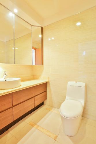 Phòng tắm 2 Căn hộ 3 phòng ngủ tầng cao Ruby 1 Saigon Pearl
