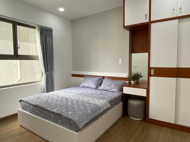 Phòng ngủ SSR Căn hộ Saigon South Residence đầy đủ nội thất, view nội khu.