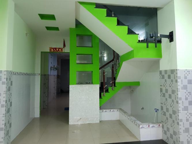 Nhà phố mặt tiền đường số 4 diện tích sử dụng 320m2, nội thất cơ bản.