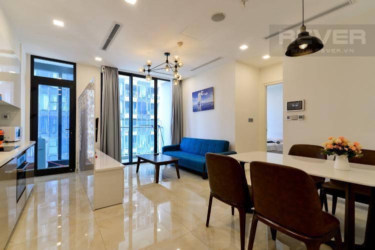 Phòng khách căn hộ VINHOMES GOLDEN RIVER Bán căn hộ Vinhomes Golden River 1PN, tầng 6, đầy đủ nội thất, ban công Đông Bắc