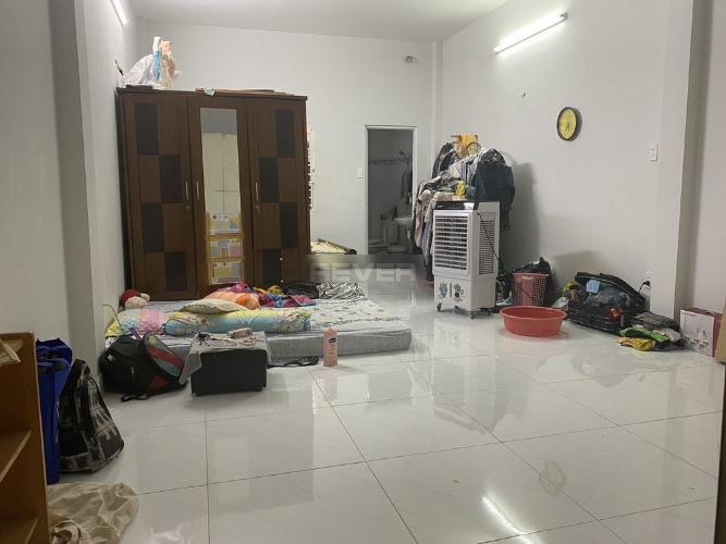 Phòng ngủ nhà phố Quận tân Bình Nhà phố hẻm rộng 6m Q.Tân Bình hướng Tây Nam, sổ hồng riêng.