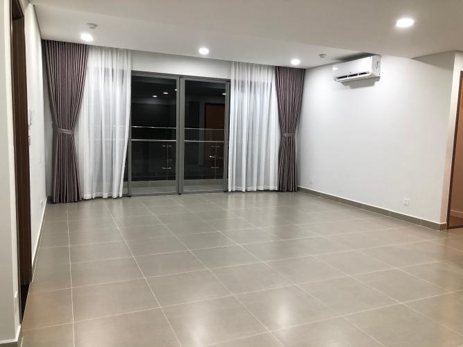 Căn hộ River Panorama tầng trung, nội thất cơ bản tiện nghi.