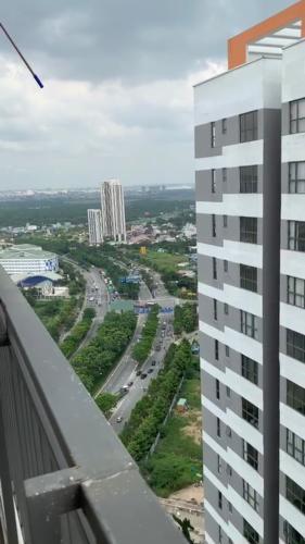 Căn hộ tầng cao The Sun Avenue thiết kế hiện đại, giao dịch nhanh.