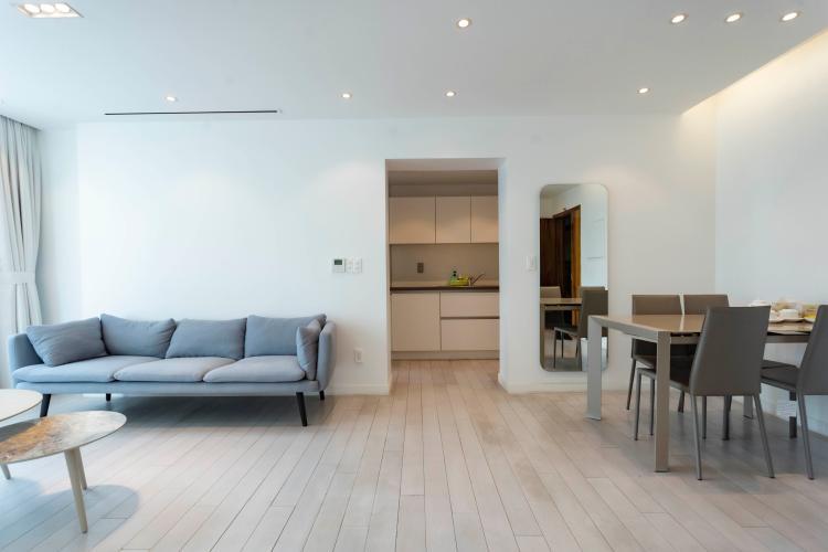 Căn hộ Léman Luxury Apartment tầng 10 view thoáng mát, đầy đủ nội thất.
