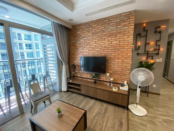 Căn hộ Vinhomes Central Park, Quận Bình Thạnh Căn hộ Vinhomes Central Park tầng 20 thiết kế kỹ lưỡng, đầy đủ nội thất.
