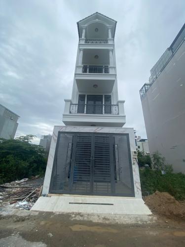 Nhà phố KDC Nam Khang thiết kế kỹ lưỡng 1 trệt 3 lầu, tiện ích đầy đủ.