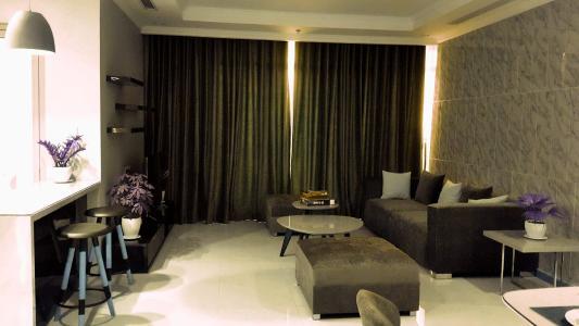 Căn hộ cao cấp Vinhomes Central Park có 3 phòng ngủ, đầy đủ nội thất.