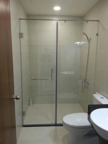 Toilet Grand Riverside, Quận 4 Căn hộ Grand Riverside view thành phố, nội thất đầy đủ.