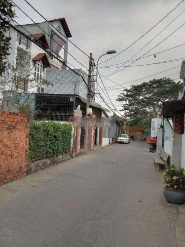 Đường trước nhà phố Quận 2 Tầng trệt nhà phố diện tích 60m2 hướng Tây, đầy đủ tiện ích tại khu vực.